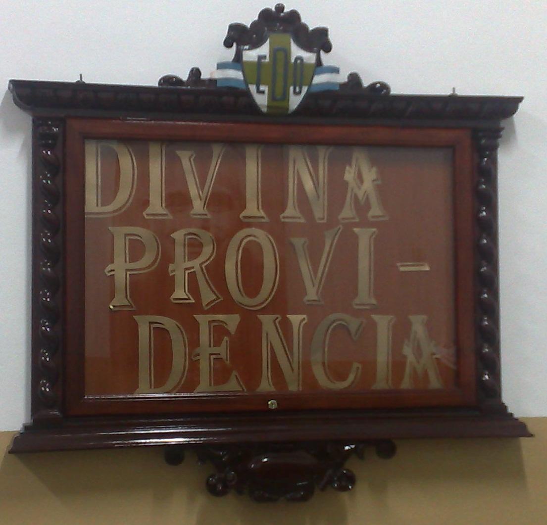 cuadro de honor dedicado a la Divina Providencia